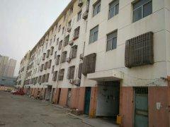 师范东院 97平方米 三室两厅 2楼  47.8万