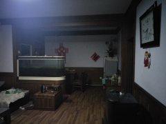 朝阳小区 106平方米 三室两厅 1楼  48万