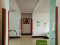 朝阳花园 125平方米 三室两厅 5楼  59.8万