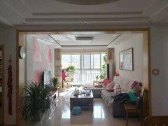 马庄小区 135平方米 三室两厅 5楼  56.8万